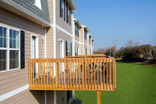 - $400 4br - 2000ftsup2 - $100 off of monthly rent Summer Sublease End of May - Aug 5th (Copper Beech Townhomes)