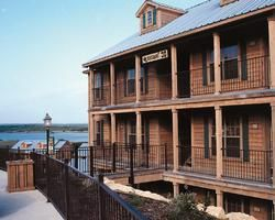 $3950 2br - Canyon Lake Silverleaf Resort Timeshare 2BR2BA, Red, Week 20 (May) (Canyon Lake, TX)