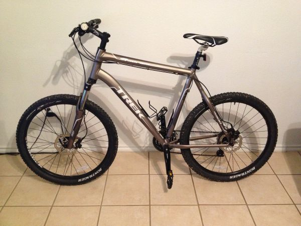 2012 Trek 4 Series 4300 w hydraulic disc brakes - $550 (New Braunfels )