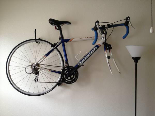 2003 Raleigh Grand Sport Competition Womens Bike - $325 (Post Road)