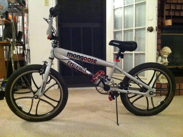 20 Boys Mongoose Rebel Freestyle Bike - $100 (San Marcos)