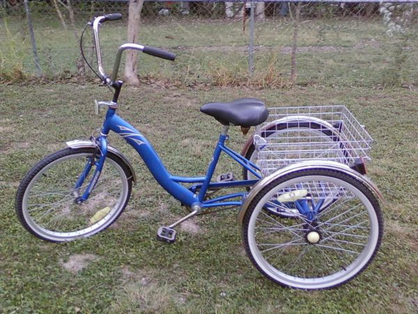 single speed 3 wheel bicycle - $230 (New Braunfels)
