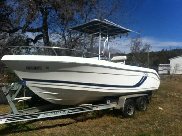 COBIA 20ft Center Console Fishing Boat -   x0024 10800  CANYON LAKE  TX