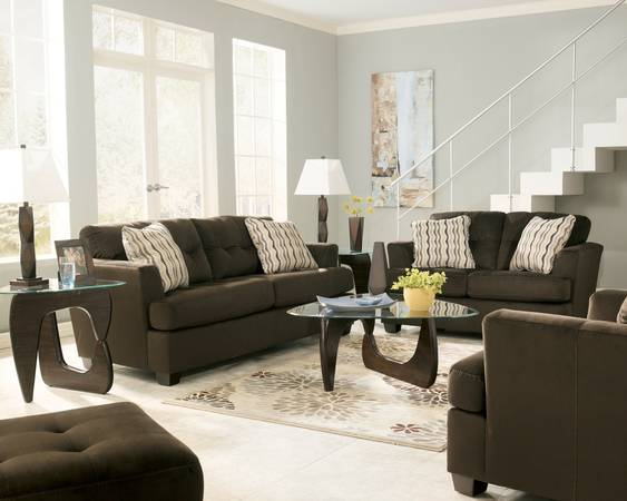 PRE$ALEBRAND NEWASHELY SIGNATURE DALLAS Chocolate Sofa Loveseat - $749 (DECOR FURNITURE DIRECT)