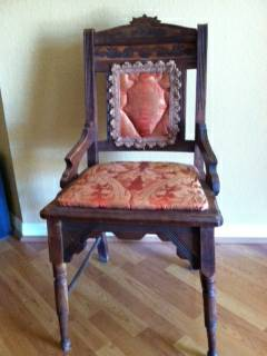 Chair Collectible - x002440 (Round Rock)