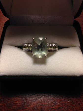 10KW Green Amethyst Ring -   x0024 240  New Braunfels