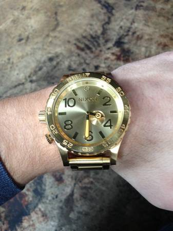 Gold Nixon 51-30 Tide watch for sale   San marcos