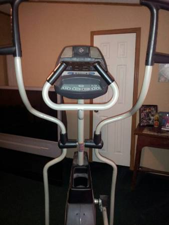Like New Elliptical (Horizon Ex-77) - $350 (SAN MARCOSMartindale)