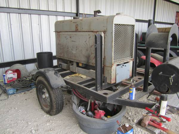 WELDING MACHINE (ALVIN area)