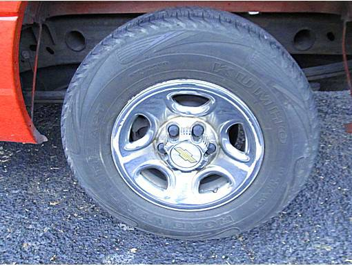 TODAY ONLY - Chevrolet OEM Rims and Tires 16 - $80 (Canyon Lake)