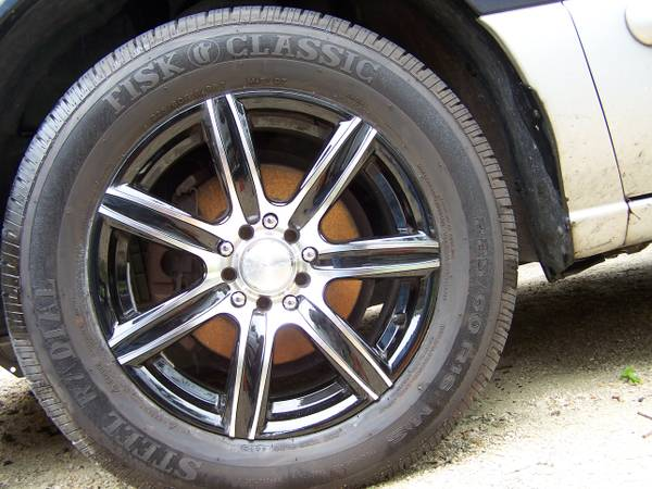 Brand new tires and rims...set of Four - $550 (New Braunfels)