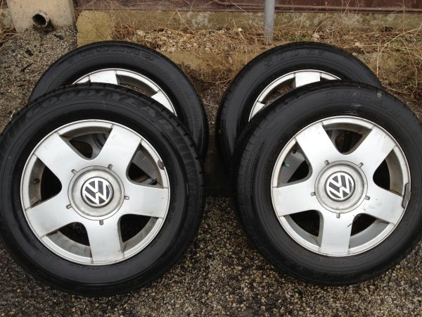 VW Jetta tires and rims 19565R15 - $250 (Austin)