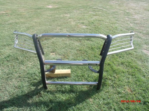 grill guard for ford f150 2007 to 2008 - $100 (gonzales tx.)