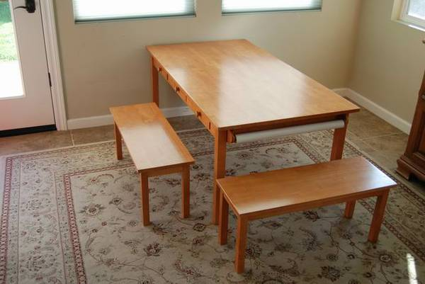 pottery barn kids table and chairs for sale. Black Bedroom Furniture Sets. Home Design Ideas