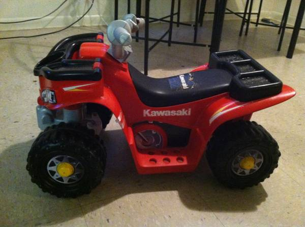 Toddler Fisher Price Power Wheel 4 wheeler - $50 (san marcos)