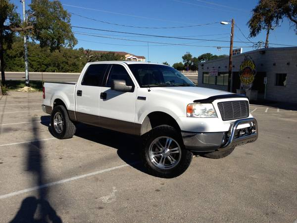 2005 Ford F150 XLT AWESOME TRUCK - $16850