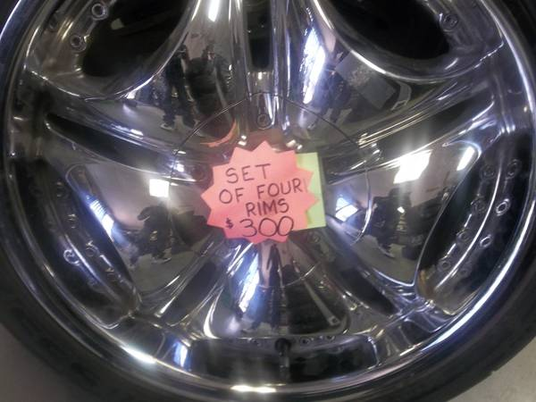 18 rims with tires - $300 (Kyle,Tx CashBox Pawn )