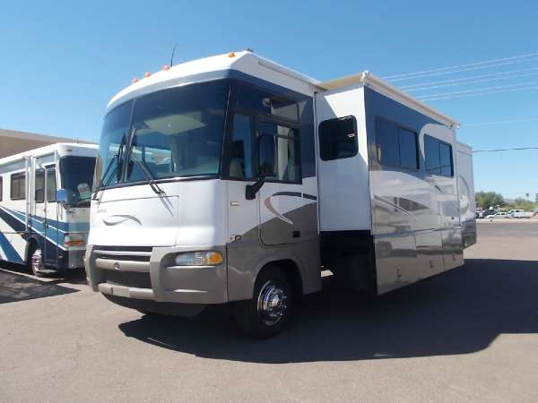 $39,900, 2005 Winnebago Itasca Sunrise