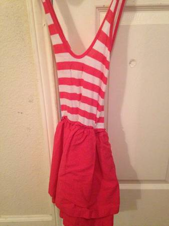Old navy pinkwhite striped dress size small - $7 (Dakota ranch)
