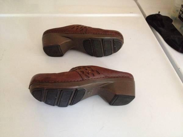 10  Dansko womens clogs