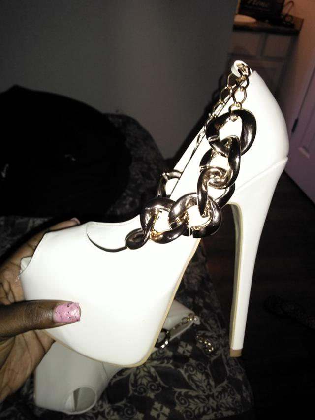 15  brand new designer pumps  15 00
