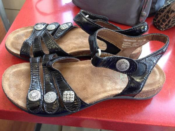 20  Dansko summer sandals