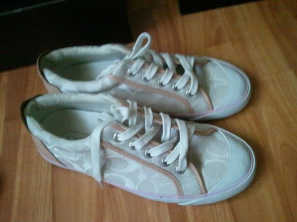 Coach sneakers size 7 - $30 (San Marcos)