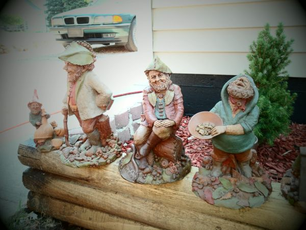 115 Tom Clark gnomes all retired - $2100