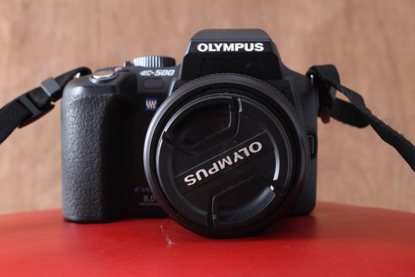 Olympus Evolt E500 8MP Digital SLR w 14-45mm,40-150mm lenses extras - $325 (San Marcos, Carlsbad, Encinitas)