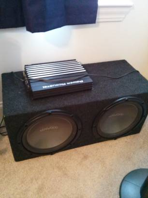 1200watt power acoustik and 2 12 Kenwood subs (san marcos)