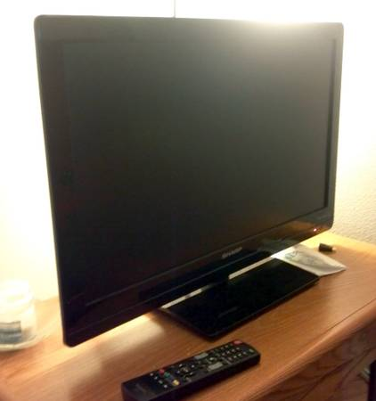 Sharp AQUOS 27 LCD TV 9733 Full HD 1080p - $180 (obo)