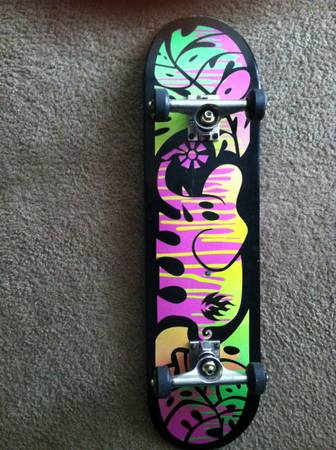 Black label skateboard  rarely used -   x0024 100  san marcos