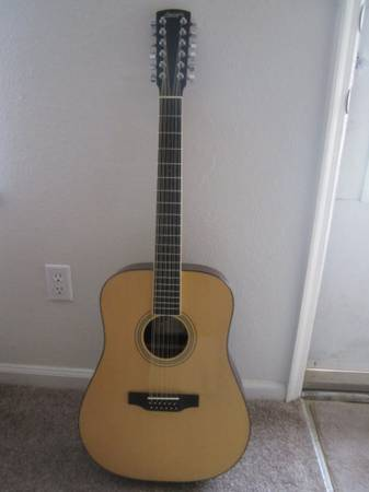 Larrivee D-02 12 String Acoustic Guitar with Hard Case - $1000 (San Marcos)