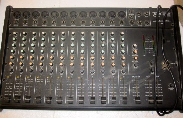Peavey 12 Channel Mixer Unity Series - $100 (San Marcos)
