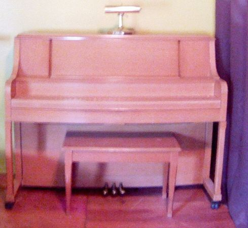 Upright Piano for sale - $300 (San Marcos)
