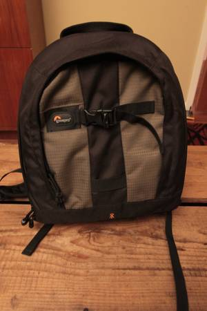 Lowepro camera backpack -   x0024 50  san Marcos
