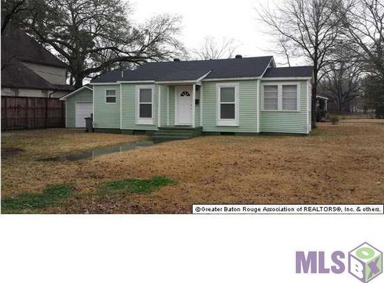 700  2br  Completely renovated 2 beds 1 bath 882 sqft