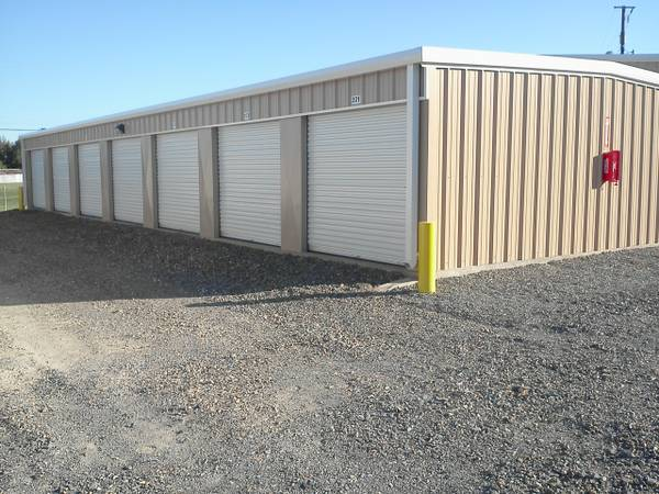 STORAGE UNITS  Stonewall  LA
