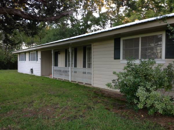 - $167500  3br - 1784 SF Home with 12 Acres