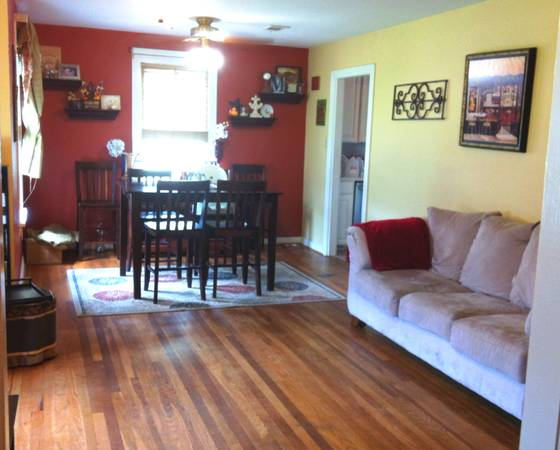 - $135000 3br - 3 bed1 bath with large yard -BUY now or RENT (Broadmoor)