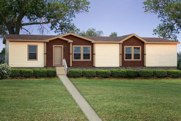 - $42  3br - CUSTOM FACTORY BUILT HOMES-OAK CREEK  (LONGVIEW, KILGORE, GILMER)