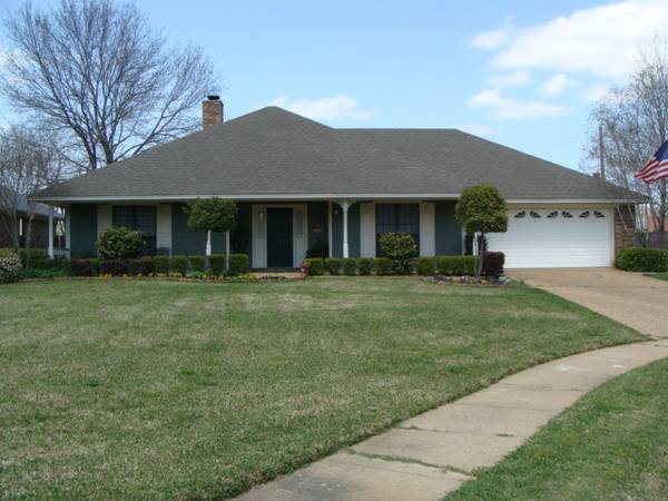 - $230000 3br - 2165ftsup2 - 3 Bedroon and 2 Bath Home in Greenacres Place (Bossier City)