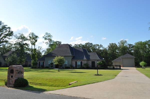 - $395000 3br - 2304ftsup2 - FSBO -- HOME IN FOUNTAINBLEAU ESTATES (KEITHVILLE)