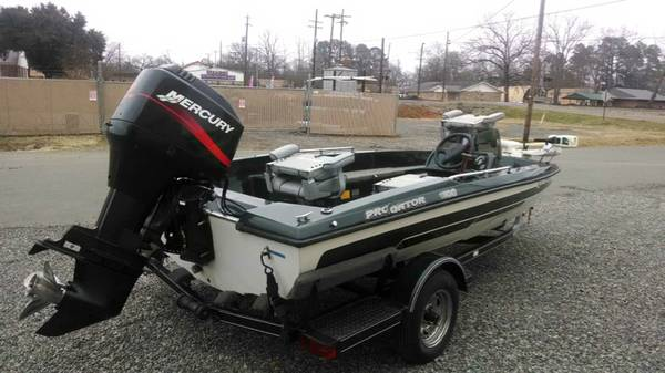 WTT  1999 Pro Gator Boat with 90 HP Mercury  Shreveport  LA