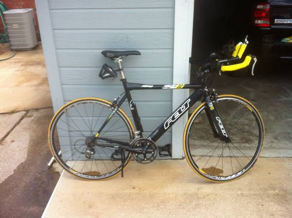 FELT S32 Carbon Fiber Triathlon bike  - $1000 (Stonewall)