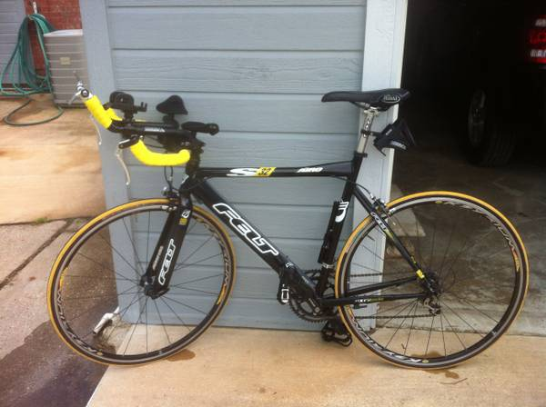 Felt S32 56CM Triathlon bike - $900 (Stonewall)