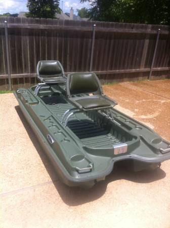 10 Pelican Bass Raider Pond Boat (2 Man) - $400 (Haughton, LA)