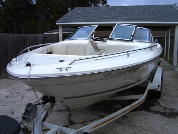 1994 21 ft sea ray - $8500 (cross lake)