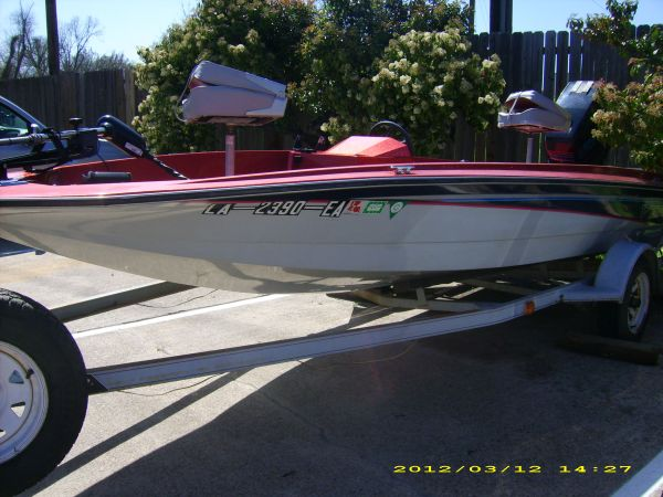 VIP 16 12 Bass Boat-TAX DEDUCTIBLE PURCHASE - $2000 (Shreveport)