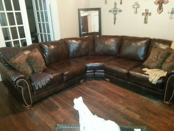 Leather nailhead sectional - $850 (South highlands)
